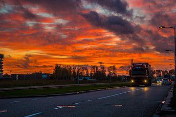 Mooie wolken boven Delft van Fred Leeflang
