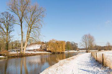 Winterlandschap langs de Kromme Rijn van Marijke van Eijkeren