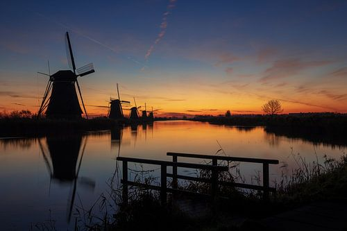 De molens van Kinderdijk bij zonsopgang