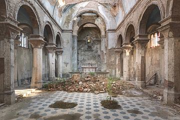 Kirche mit Bögen von Perry Wiertz
