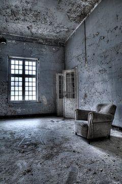 Sitzen und Warten 1 von Kirsten Scholten