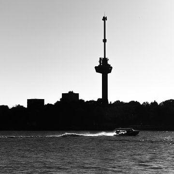 Watertaxi in Rotterdam van Peter Hooijmeijer