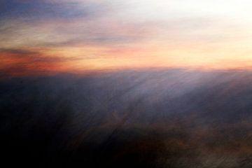 Zonsondergang in de bossen van Bulgarije van Marijke van Loon