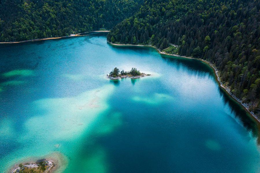 Caribbean mood in the Alps van Michael Schwan