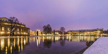 Staatstheater en nieuw paleis in de winter in Stuttgart van Werner Dieterich