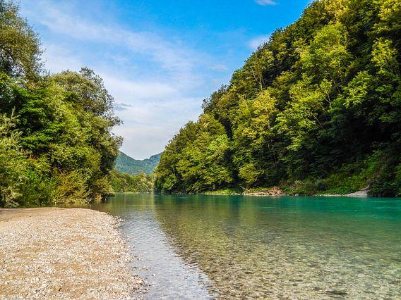 Türkisblaue Soca im Naturparadies Slowenien van Tobi Bury