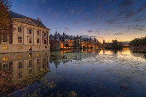 Mauritshuis Museum en Binnenhof  Den Haag na zonsondergang