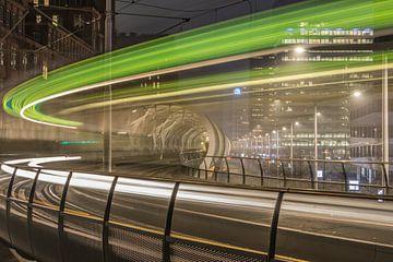 Lichtspoor tram, Netkous Den Haag van Patrick Löbler