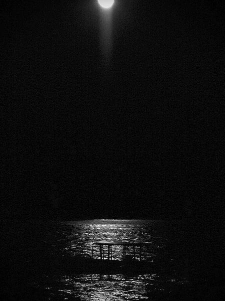 """Moonlight Gili Air"" van Ernst Veenendaal"