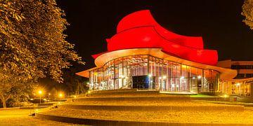 Hans Otto Theater in Potsdam in de avonduren van