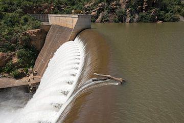 waterval van de swadini dam van Compuinfoto .