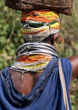 Farbige Frau des Bonda-Stammes, Odisha, Indien von Affectfotografie