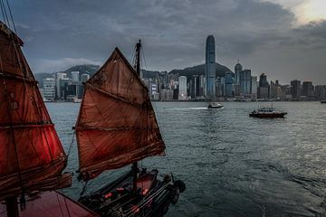 Hong Kong River van Mario Calma
