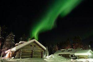 Noorderlicht boven blokhut van Fred Lenting