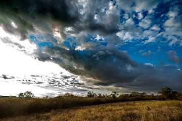 Er zit iets in de lucht... van Rob Smit