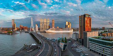 cruiseseizoen gestart in Rotterdam panorama 2 sur Midi010 Fotografie