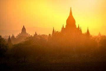 Tempels uit Myanmar van Tim Kreike