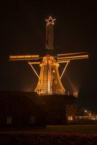 Venemansmolen in Winterswijk met verlichte kerstster