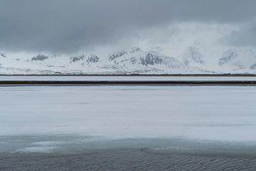 Berglandschap spitsbergen von Helene de Jongh