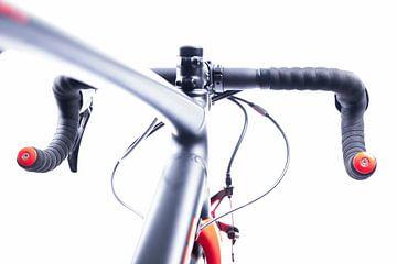 """Details van de wielrennersfiets """"stuur en frame"""" van Diane Bonnes"""