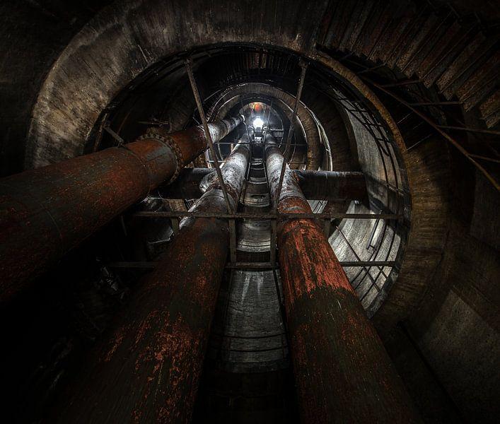 Oude industriele watertoren van Olivier Van Cauwelaert
