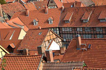 Blick auf die Dächer der historischen Altstadt von Quedlinburg von Heiko Kueverling