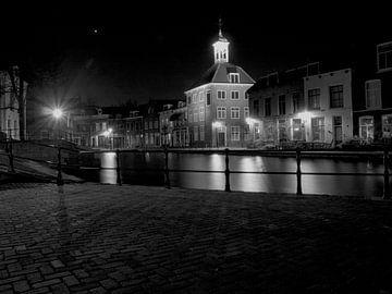 De oude sluis in Schiedam van P van Beek