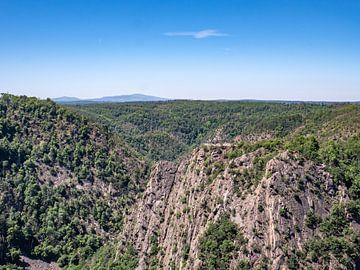 Uitzicht op de Roßtrappe in het middelgebergte van de Harz in Duitsland van Animaflora PicsStock