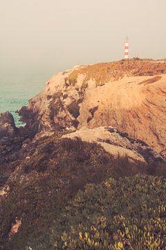 Wilde Küste Portugal - Leuchtturm von FOTOFOLIO.DE