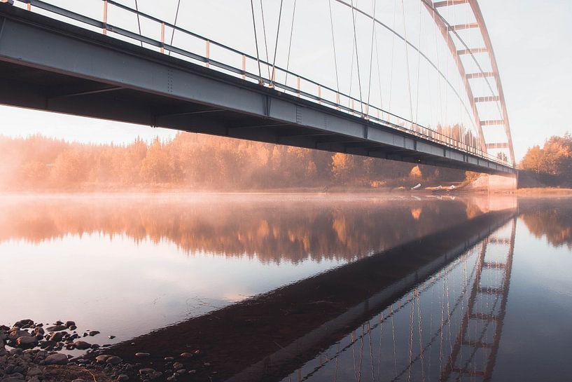 Brug bij zonsopgang van Kimberley Jekel