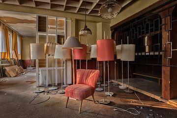Lost Place - Hotel zur Stehlampe von Linda Lu