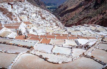 Salzebenen Maras Peru von Jelmer Laernoes