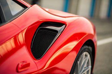 Ferrari 488 Pista op het ciruit van Assen