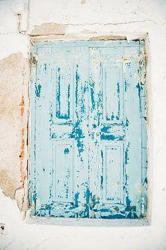 Blauw Raamluik van Patrycja Polechonska