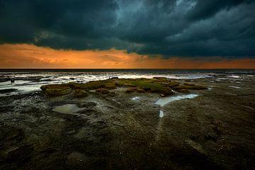 Wattenmeer bei Sturm und Regen von Jenco van Zalk