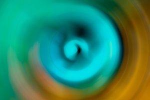 Rond met lichtblauw en donkergeel van JM de Jong-Jansen