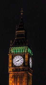 Big Ben at night van Lorenzo Holtkamp