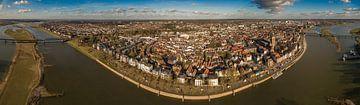 Deventer vanuit de lucht van Tom Smit