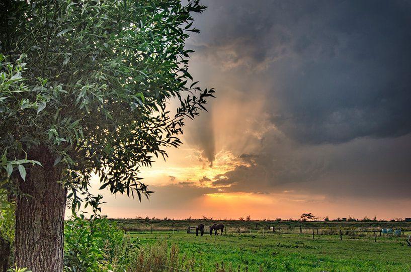 Beautiful air in Kropswolde von Greet ten Have-Bloem