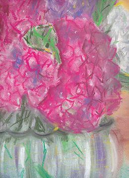 Roze hortensia in transparante vaas van Catharina Mastenbroek