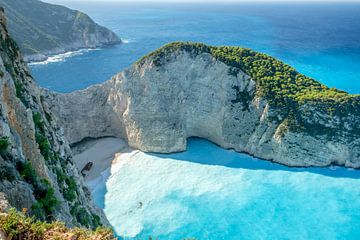 Navagio shipwreck beach Zakynthos van Han Kedde