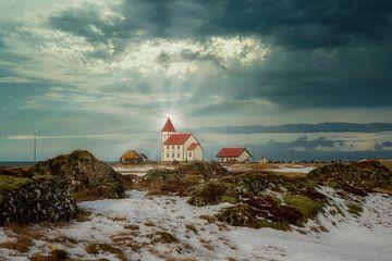 Isländische Holzkirche für die Sonne. von Gert Hilbink