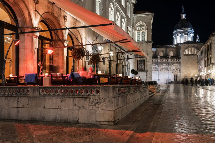 Downtown Dubrovnik van Scott McQuaide