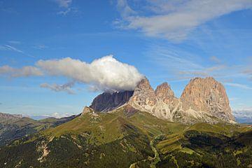 Bergmassiv in den Dolomiten von Renzo de Jonge