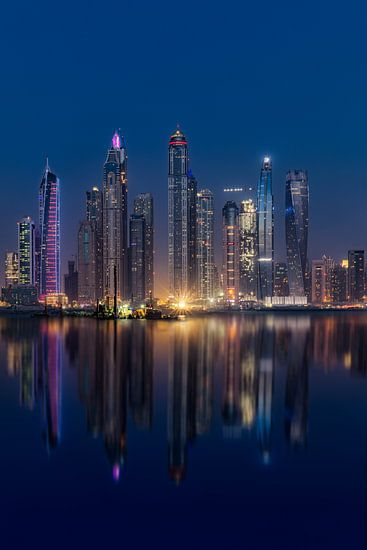 Dubai Marina van Michael van der Burg