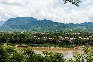 Uitzicht op Luang Prabang van Eline Willekens