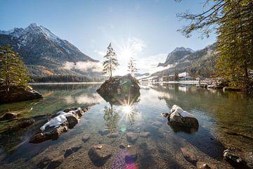 "Berglandschaft ""Sonne über den Hintersee"" von Coen Weesjes"