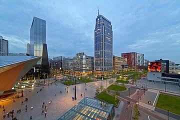 Centraal stationsplein en Kruisplein te Rotterdam van