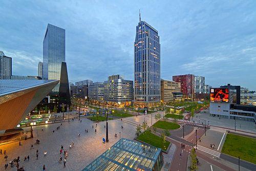 Centraal stationsplein en Kruisplein te Rotterdam