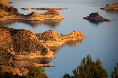 Lake Negratin van